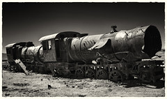 Uyuni (philippeprovost1) Tags: train locomotive abandon urbex monochrome désert uyuni bolivie