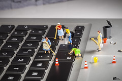 cleaning time (bs1ffm) Tags: cleaning mac pc reinigen flickr figures fantasy fun miniaturen modelleisenbahnfiguren makro minifigures macro minifigs miniature macrophotograhy mini minifig new studio spielzeug surreal dolls toys toyphotography tabletopphotography tabletop