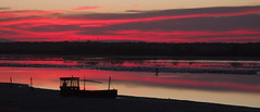 (nadiaorioliphoto) Tags: tramonto sunset crepuscolo twilight barca boat water lagoon wetland valle