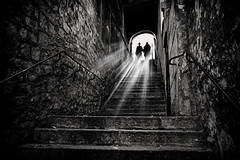 the steps (Daz Smith) Tags: dazsmith fujifilmxt3 xt3 fuji bath city streetphotography people candid portrait citylife thecity urban streets uk monochrome blancoynegro blackandwhite mono steps ligt rays shopers silhouette women