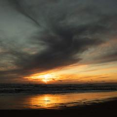 Winter at the Beach (PeskyMesky) Tags: aberdeen aberdeenbeach sunrise sunset water scotland sea sky sand cloud red canon canon5d eos december flickr 2018 christmas