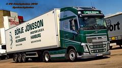 Börje_Jönsson BJ-Trucks PS-Truckphotos #pstruckphotos 1363_101 (PS-Truckphotos #pstruckphotos) Tags: börjejönsson bjtrucks pstruckphotos pstruckphotos2018 volvofh globetrotter truckphotographer lkwfotos truckpics lkwpics sweden schweden sverige lastbil lkw truck lorry mercedesbenz newactros truckphotos truckfotos truckspttinf truckspotter truckphotography lkwfotografie lastwagen auto