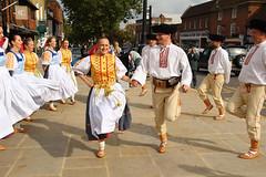 IMG_8304_2592x1728 (Graham Ó Síodhacháin) Tags: tenterdenfolkfestival 2012 tenterden folk festival morrisdancers cocothebutterfields creativecommons