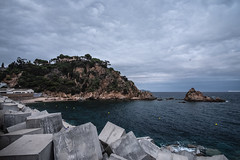 Blanes (MPE Photography) Tags: fuji fujifilm fujifilmx fujix samyang 12mm uga paysage spain blanes sea landscape