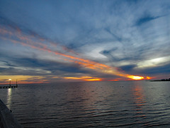 112718pm (sunlight_hunt) Tags: texasgulfcoast texassunrisesunset texassky matagordabay sunlight sunrisesunset