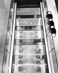 No podrá esperarte más... porque has llegado... (coralpin) Tags: people wait espera diseño picture shot chairs office arquitecture arquitectura art design construccion build spain asturias aviles