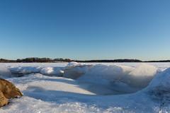 Ice and snow (jannaheli) Tags: suomi finland helsinki arabia arabianranta nikond7200 talvi winter outdoor outside sunnyday naturephotography luontovalokuvaus naturetherapy luontoterapia luonto nature ice snow jäätä lunta