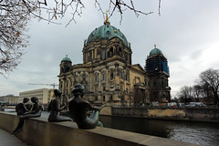 Berlin Cathedral, Berlin (Matthias Harbers) Tags: berlin nikon nikkor lens v3 dxo photoshopelements topazlabs city town urban building architecture 1 nef raw outdoor sunset park evening nikon1 nikon1v3 night lights germany deutschland capital history