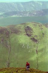 That looks steep! (Kite watcher) Tags: lake district steep