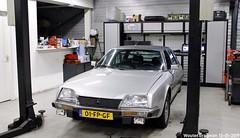 Citroën CX Prestige 1983 (XBXG) Tags: 01fpgf citroën cx prestige 1983 citroëncx eve gris perlé gjo nieuwjaarsreceptie 2019 garage johan oldenhage tarwestraat nieuw vennep nieuwvennep nederland holland netherlands paysbas vintage old classic french car auto automobile voiture ancienne française vehicle indoor youngtimer