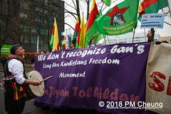 Demonstration: Der Wunsch nach Freiheit lässt sich nicht verbieten! – 01.12.2018 – Berlin - IMG_9911 (PM Cheung) Tags: 25jahrepkkverbot ypg kurden polizei polizeigesetze berlin derwunschnachfreiheitlässtsichnichtverbieten derwunschnachfreiheitlässtsichnichtverbietengemeinsamgegenpolizeigesetze pkkverbotundnationalismus bundesweitedemonstration interventionistischelinke kurdistan rojava türkei 01122018 demonstration demo pag polizeiaufgabengesetz kurdendemonstration pmcheung protest repression überwachung bundesinnenministerhorstseehofer kundgebung 2018 protestfotografie pomengcheung mengcheungpo auftaktkundgebung wwwpmcheungcom aufhebungpkkverbot afd facebookcompmcheungphotography polizeistaat arbeiterparteikurdistans protestveranstaltung rotehilfeev partiyakarkerênkurdistanê ernk bundesinnenministerrudolfseiters auseinandersetzungen rangeleien diepkkgehörtzudeutschland serihilde
