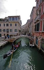 Venice, Italy (Daniel Kliza) Tags: italy italia wlochy milan milano mediolan venice venezia wenecja mask carnaval canal gondola gondolier pizza europe trip travel eurotrip piazza
