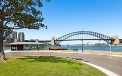 27/2-4 East Crescent Street, McMahons Point NSW