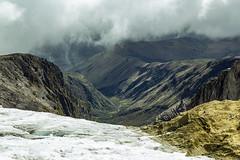 Vista al valle (dcdc887) Tags: ecuador montaña mountain volcan volcano paisaje landscape andes ice hielo glaciar glacier snow nieve