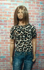 t-shirt for IT homme (Jewel Snake) Tags: 16 16dollclothes fashionroyalty fashiondoll frhomme barbie colorinfusion dollclothes grunge handmade handmadedollclothes integritytoys integritytoyshomme dynamitegirls countdracula maledoll mariuslancaster graphictshirtfordoll ken
