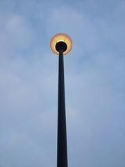 Lamp post (Tilia.elizabeth) Tags: lamp post light morning