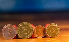 Small Change (Günter Hentschel) Tags: geld money dmark kleingeld smalchange zahlingsmittel euro € pfennige 2018 dezember dezember2018 12 deutschland germany germania alemania allemagne europa nrw nikon nikond5500 d5500 hentschel flickr indoor innen