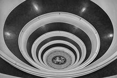 Hamburg - Versmannhaus (peterkaroblis) Tags: hamburg treppenhaus staircase haus house building gebäude innenansicht architektur architecture interiordesign schwarzweiss blackwhite innenarchitektur interieur interiorarchitecture lines curves linesandcurves geometry geometrie versmannhaus