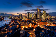 Blue Hour Fra`s Skyline (Joachim Wehmeyer) Tags: frankfurt blue hour blaue stunde skyline