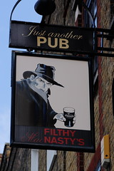 Pub sign for Filthy Mac Nasty's, Islington. (Peter Anthony Gorman) Tags: pubsigns filthymacnastys islingtonpubs justanotherpub guinness