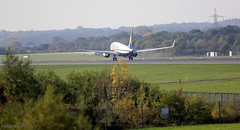 Ryanair  J78A1450 (M0JRA) Tags: ryanair easyjet thomas cook aerlingus jet2 cathey pacfic tui 747 british airways geuya sky clouds vacations holidays people tower manchester airport airports flying aircraft jets engines rotate grass airplane cockpit jet trees roads buildings mountain tree city landscape forests building fields