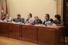 Concejales del PSOE, Se Puede Ermua Ahal Da, PP e Irabazi atienden en el Pleno de aprobación de las Ordenanzas 2019.