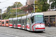 BRN_1947_201811 (Tram Photos) Tags: skoda škoda 13t brno brünn strasenbahn tram tramway tramvaj tramwaj mhd šalina dopravnípodnikměstabrna dpmb