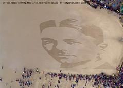Remembrance, Folkestone Beach. (piktaker) Tags: kent folkestone sand remembrance greatwar ww1 100years centenary 19182018 19141918 ltwilfredowenmc soldier poet armistice 111111 dannyboyle shepwaydc
