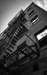 img470 (Jurgen Estanislao) Tags: new york city analog film street photography black white jurgen estanislao voigtlaender bessa r4m colorskopar 28mm f35 bw yellow 022m kodak 400tx hc100 g