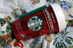 Photo of the day: 18.11.2018 (day 322) (House Of Secrets Incorporated) Tags: photooftheday photooftheday2018 aphotoaday2018 dailyphoto dailyphoto2018 dailyphotography dailyphotography2018 dailyphotograph starbucks redcups christmas drink drinks cappucino blog blogger blogging kittensandsteamlivejournalcom kittensandsteamblogspotcom instagramkittensandsteam twitterhildebcm belgianblogger