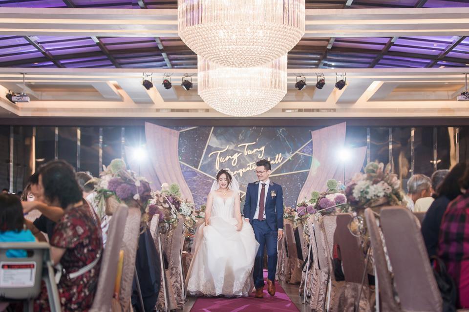 台南東東宴會式場 婚宴 走在幸福的紅毯上 R & B 127