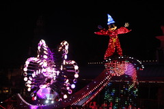 """Mickey Mouse - Paint the Night Parade • <a style=""""font-size:0.8em;"""" href=""""http://www.flickr.com/photos/28558260@N04/44232461450/"""" target=""""_blank"""">View on Flickr</a>"""