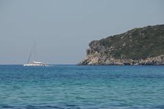 DSC_0074 Wunderschöne Bucht Agios Georgios Pagi, Korfu 07 2018 (MQ73) Tags: korfu griechenland greece insel sommerurlaub 2018 juli agiosgeorgiospagi strand baden sommer beach sand summer segelschiff sailingboat boot