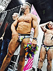 DSCN1151 (danimaniacs) Tags: rupaulsdragcon shirtless hunk man guy underwear bulge muscle