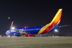 Southwest - N8315C (Jason W. Hamm) Tags: aviation arkansas airport aircraft airplanes adamsfield boeing boeing737 boeing737800 clintonnationalairport d7000 737 klit littlerock littlerocknationalairport lit nikon nikonphotography nightphotos nightphotography southwestairlines southwest moon n8315c