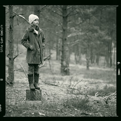 Bronica SQ-A-057-005 (michal kusz) Tags: bronica sqa zenzanon 200mm f45 ilford hp5 800 ilfosol 3 114 epson v600 old forest poland portrait toned tree girl bw blackandwhite autumn film frame format squere sq