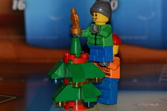 Lift (349/365) (Tas1927) Tags: 365the2018edition 3652018 day349365 15dec18 lego minifigure minifig