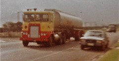 photo by secret squirrel (secret squirrel6) Tags: secretsquirrel6truckphotos craigjohnsontruckphoto australiantrucks bigrigs worldtrucks truckphotos atkinson shell fuel 1970s tanker princeshighway trafalgar classic vintage