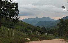 Blue mountains and the road to Biguá (Vinicius Montgomery - Itajubá-MG - Brazil) Tags: delfim moreira itajubá minas gerais mantiqueira prof vinícius montgomery