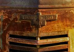 Rusty 1940? General Motors Truck Grill (J Wells S) Tags: generalmotorstruck hoodornament grill logo emblem rust rusty crusty junk coe caboverengine gmccannonballtruckgrill abandoned route66 lebanon missouri 1940generalmotorscoetruck gmccannonballcoetruck cannonball bullnosetruck themotherroad