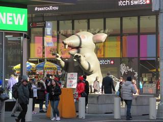 2019 Giant Strike Rat Balloon Corner of 45th St NYC 3830