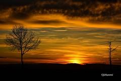 COUCHER DE SOLEIL (Jehanmi) Tags: nikond7200 nikon skyjunkie skyglory clouds nuages ciel sky nature thebeautyofnature dreamscape skyscape coucherdesoleil sunet