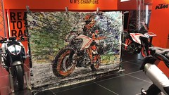 KTM 1290 SUPER DUKE GT (popbangcolour) Tags: ktm 1290 super duke gt bikesure motorcyclelive nec 2018 popbangcolour art artist radio controlled