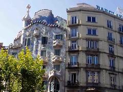 Intricate building (saxonfenken) Tags: pregamesweep 1124s 1124 gaudi barcelona spain intricate buildings baclonies