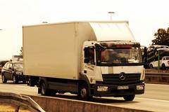 Mercedes-Benz Atego MP4 E6 1227 Dagcabin LL - Truck Center Graffe GmbH Rheinland-Pfalz, Langenlonsheim, Deutschland (Celik Pictures) Tags: a3 e56 autobahn lkw vacationphotos raststättemedenbachost seenata3autobahnraststättemedenbachostshelltankstellewiesbaden europe khtg722 mercedesbenz atego mp4 e6 1227 dagcabin ll truckcentergraffegmbh rheinlandpfalz langenlonsheim deutschland