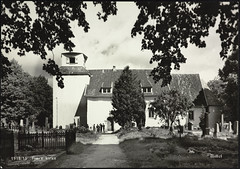 Postkort fra Agder (Avtrykket) Tags: eksteriør grav gravsted gravstein kirkegård postkort grimstad austagder norway nor