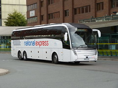Johnsons BV67JYH 181025 Liverpool (maljoe) Tags: johnsons nationalexpress caetanolevante caetano levante