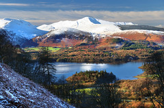 Derwent Water (PJ Swan) Tags: lake district cumbria outdoors england winter wintry icy derwent water fells hills mountains