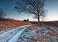 Crichton Castle Sunset (captures.in.time) Tags: landscape landscapephotography ngm ngc wonderlust scotland europe lothian midlothian crichton crichtoncastle castle sun sunset golden goldenhour warm snow fence land farm visitscotland love cold