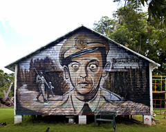 Andy Griffith Mural, Broxton, GA (Mike McCall) Tags: copyright2018mikemccall photography photo image usa culture southern america thesouth unitedstates northamerica south georgia coffee county broxton fineartphotography fineart art documentaryeditorial contemporary heritage vernacular smalltown town andy griffith andygriffith donknotts don knotts barneyfife barney fife mayberry fiction stereotype fictional tv television mayberryrfd mural dylanrossart dylan ross painting barn tribute folkart andytaylor opie opietaylor